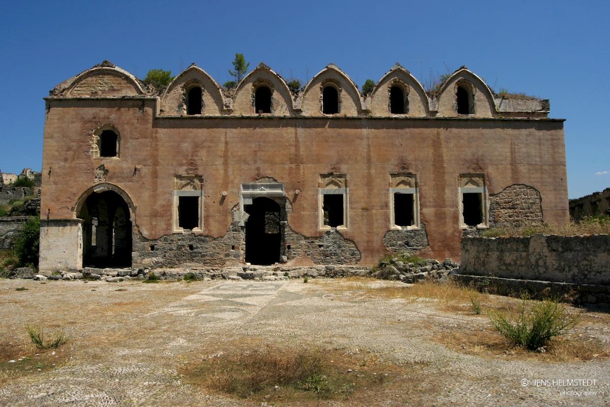 Ruine einer Kirche in Kayaköy bei Fethiye