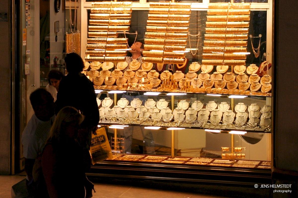 Goldschmuck im Gedeckten Basar in Istanbul
