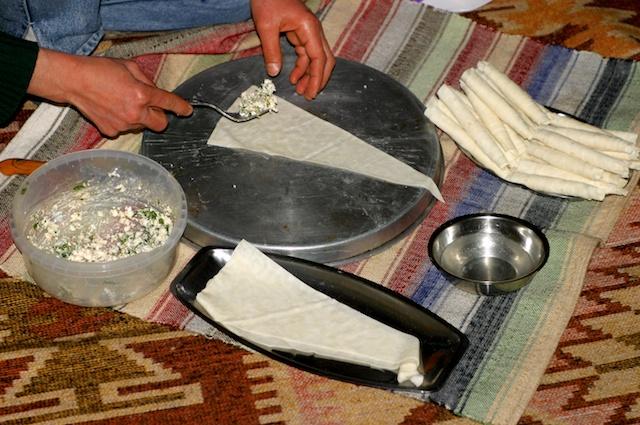 Zubereitung von Sigara böreği