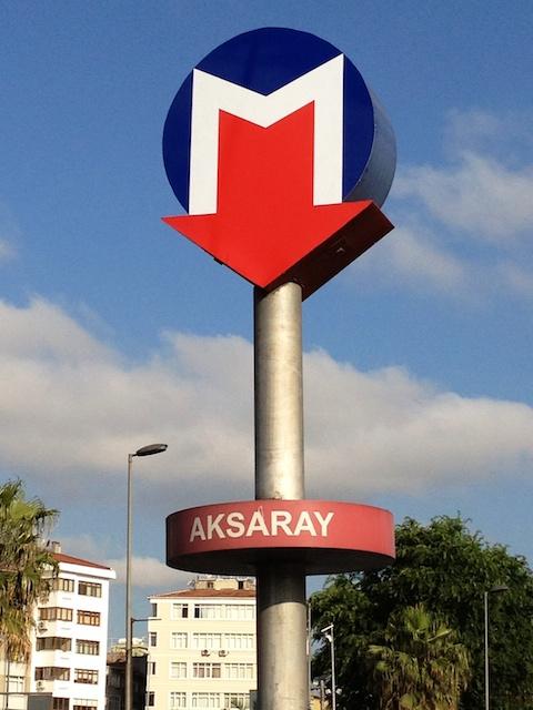 Eingang zur Metro in Istanbul