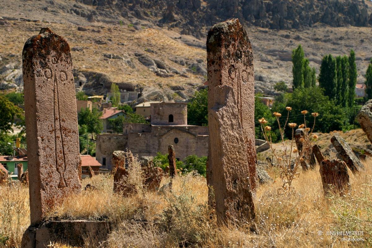 Friedhof an der byzantinischen Kirche Hagia Eleni in Sille