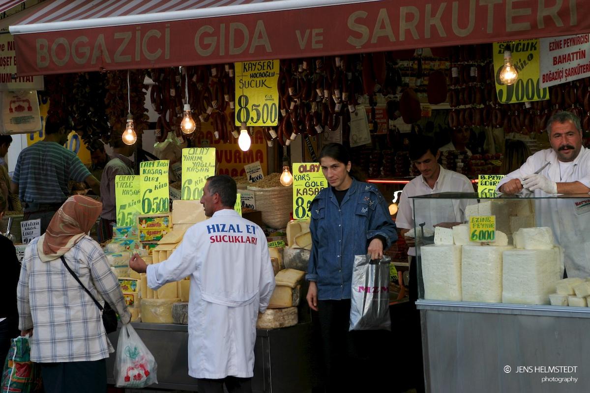 Delikatessen-Geschäft in Eminönü