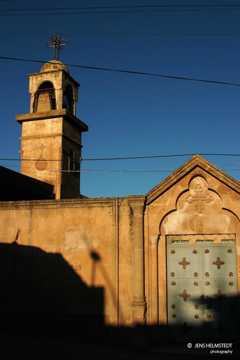 Syrisch-orthodoxe Kirche in der Altstadt von Midyat